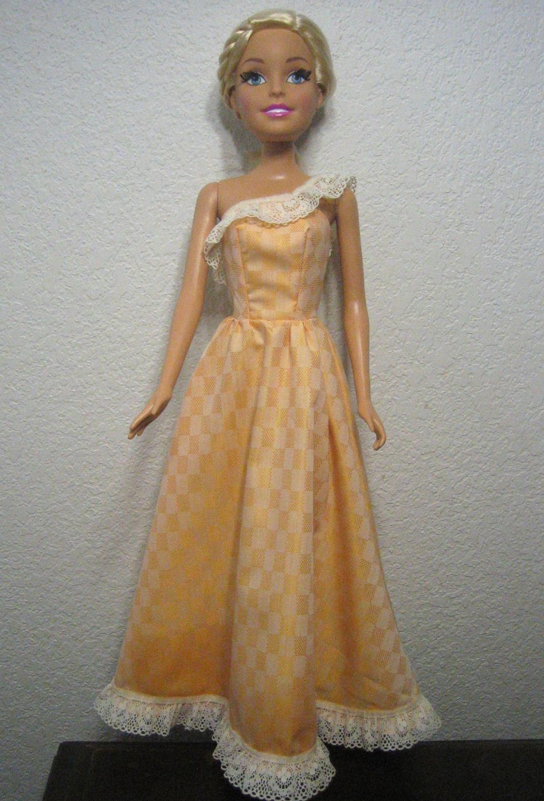 Barbie sew free fashions 2